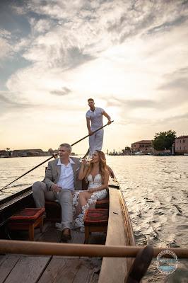 gondola sposi venezia