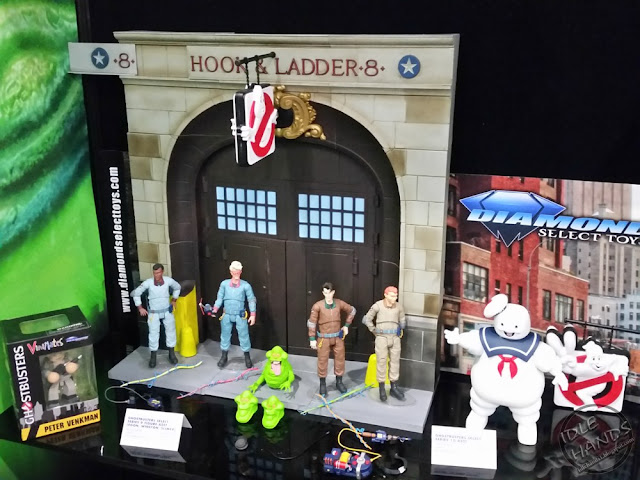 Diamond Select Ghostbusters 2 7 inch action figures Build A Firehouse Diorama