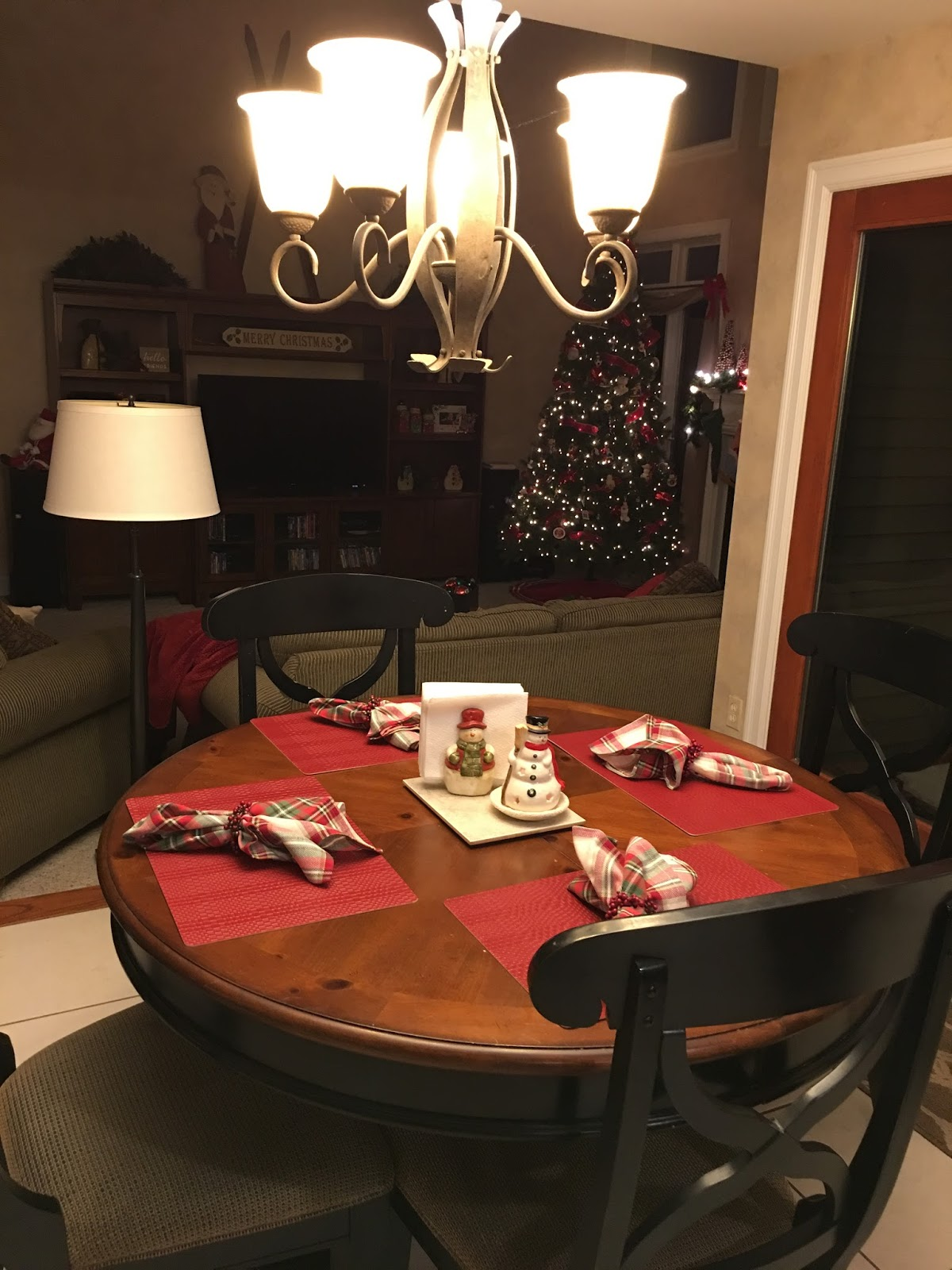 The Family Table with Genevieve Show & Tell Tuesday Christmas