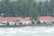 Cuaca Buruk Kembali Isolir Warga Kepulauan Selayar