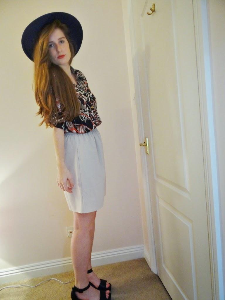 asos fedora and shorts