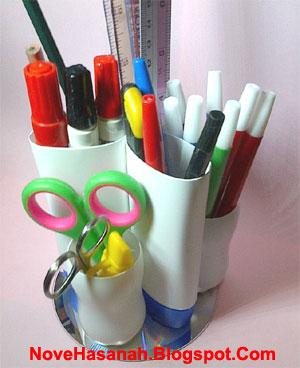 cara membuat kerajinan tangan sederhana dari CD bekas dan botol plastik  bekas 8357761096