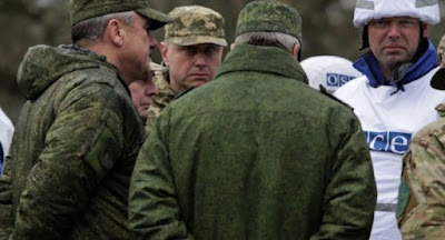 Россия отзывает своих офицеров из СЦКК