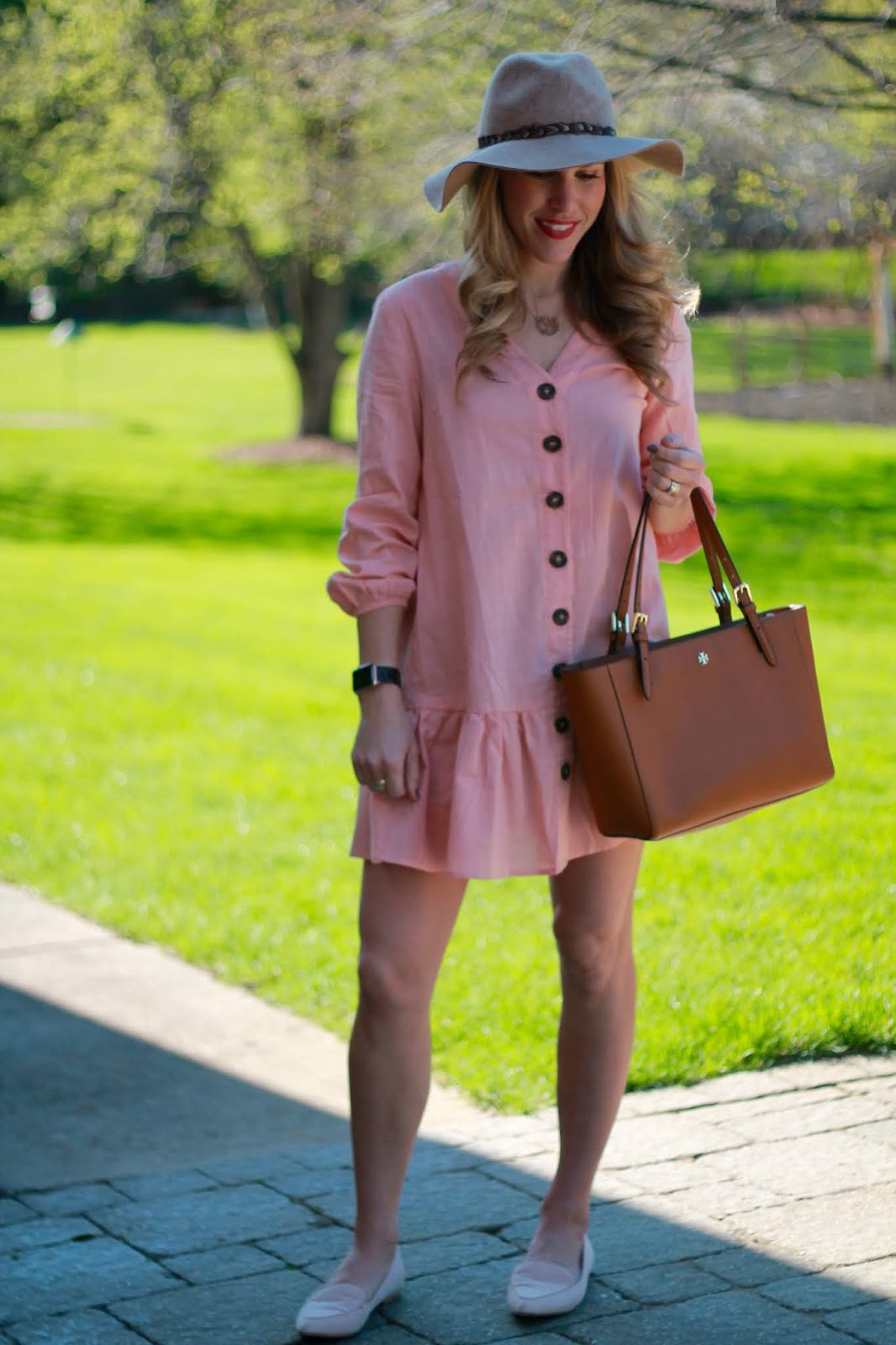 pink button up dress, cognac tory burch tote, blush loafers, wool wide brim hat