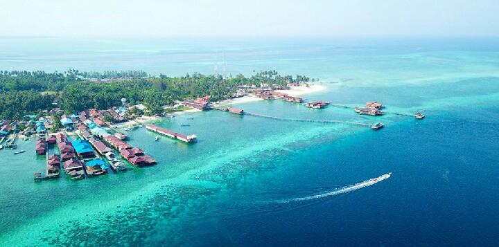 10 Gambar Pulau Maratua Kabupaten Berau Cuilan Surga Di Kalimantan Timur Jejak Kenzie