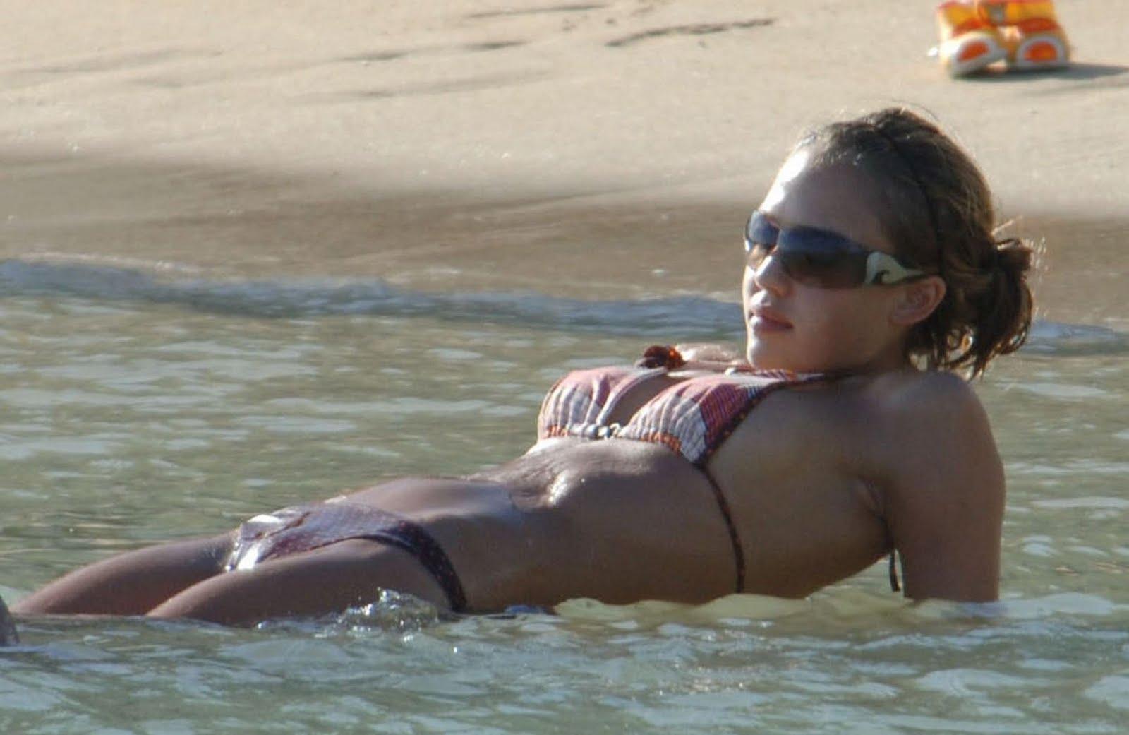 See Jessica Alba Naked 95
