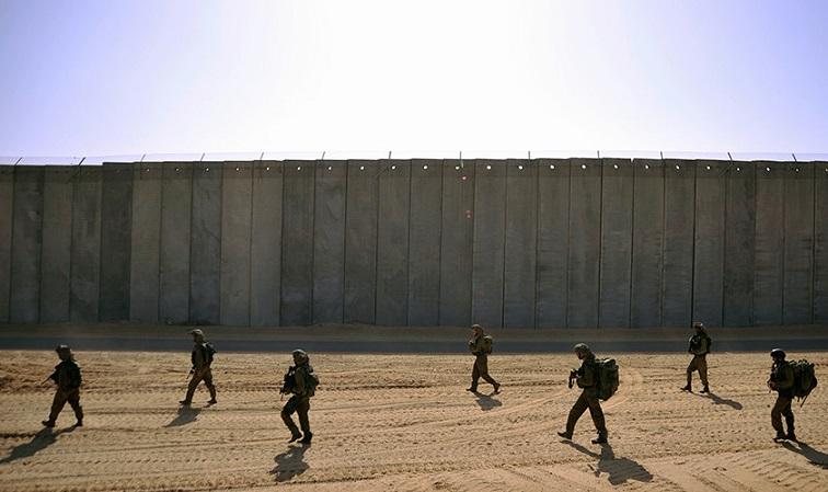 Tembok+Israel+IDF+Patroli.jpg (756×449)