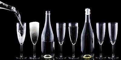 https://www.pexels.com/photo/toast-romantic-festive-alcohol-33400/