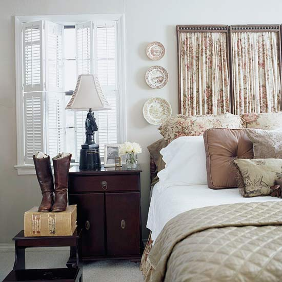10 Small House Interior Design Solutions: Cozy Cottage-Style Bedrooms