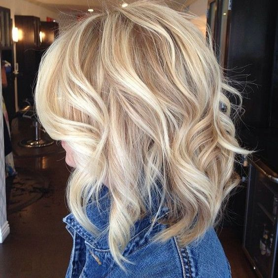 Platinum Blonde Hair With Lowlights Caramel Colors For Fair Skin Tone Hairstyles Color