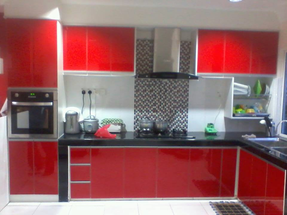 40 Model Dapur Warna Merah Yang Nampak Modern Dan Cantik N On Kitchen Cabinet