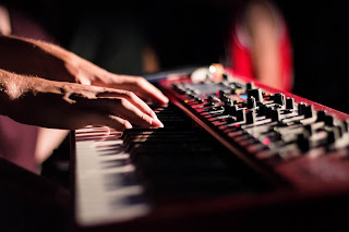 Playing keys in a worship service - keep it simple!