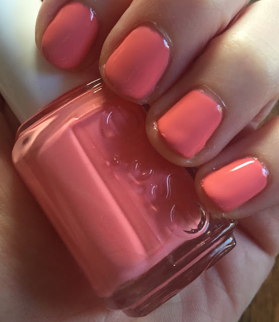 Essie, Essie Lounge Lover, Essie Spring 2016 collection, nails, nail polish, nail lacquer, nail varnish, manicure, On Wednesdays We Wear Pink, Mean Girls