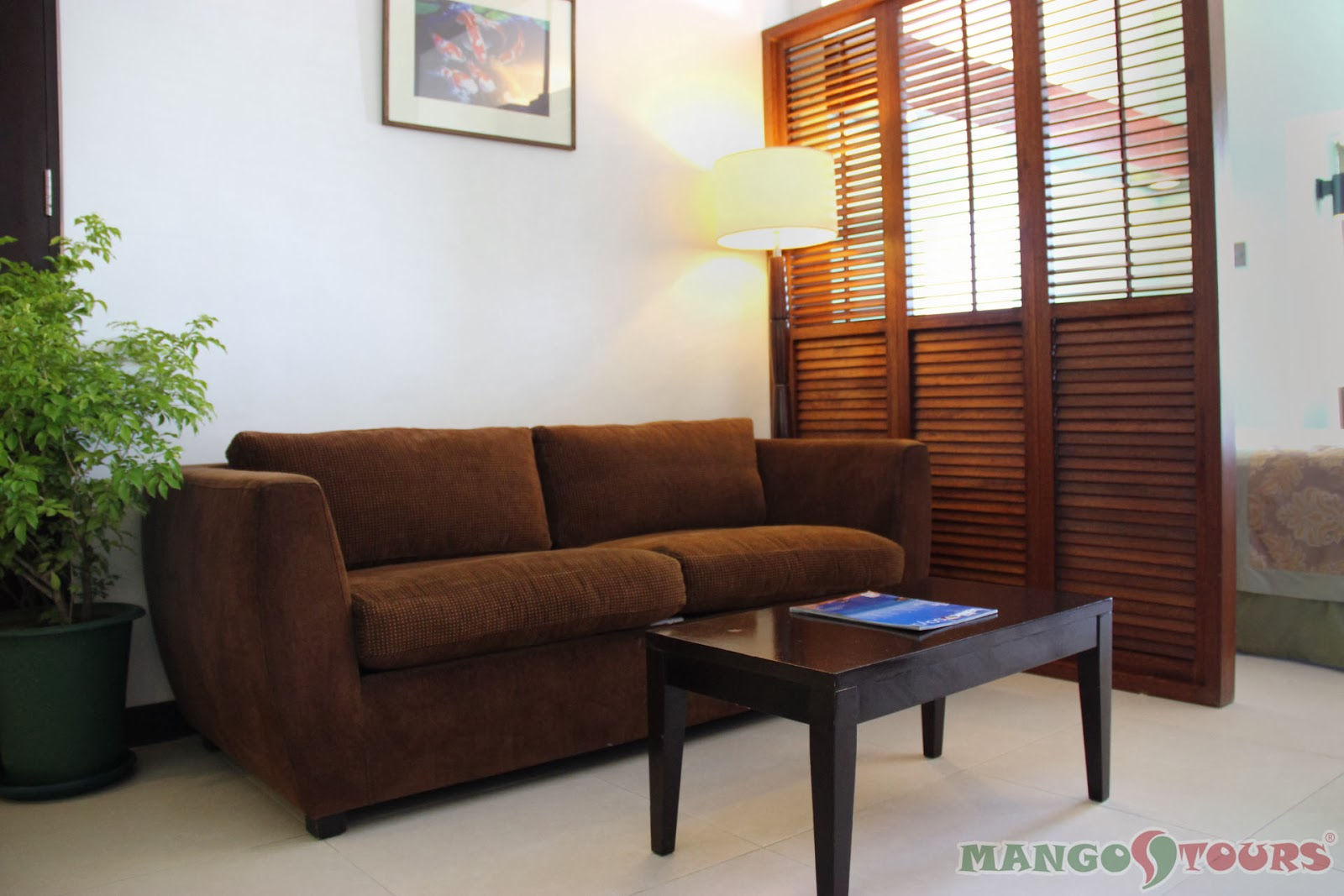 Mango Tours Microtel by Wyndham Mall of Asia suite room