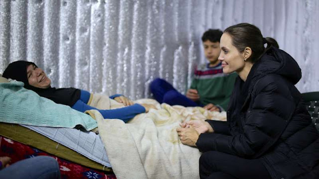 Angelina Jolie visits Syrian refugee shelters in Lebanon, calls for leadership to address crisis