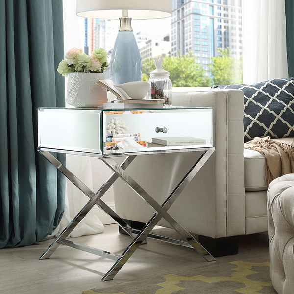 Couchtisch Eye On The Hunt | Nightstands - B Loved Boston