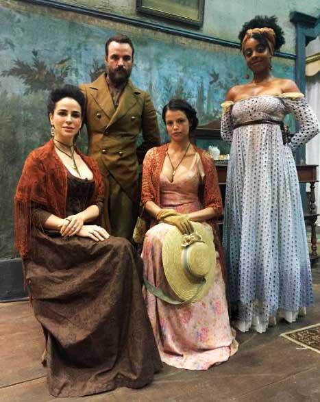 Família da Domitila (Agatha Moreira)