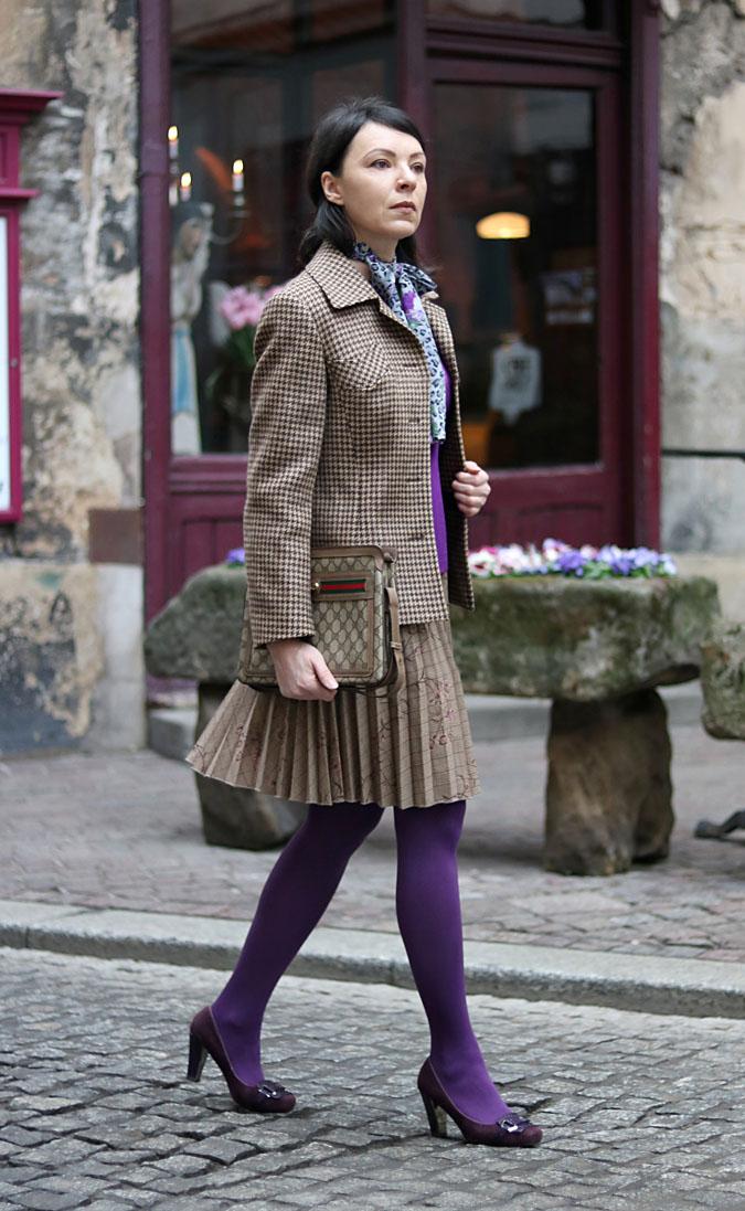 Fioletowa sukienka stylizacje 2018