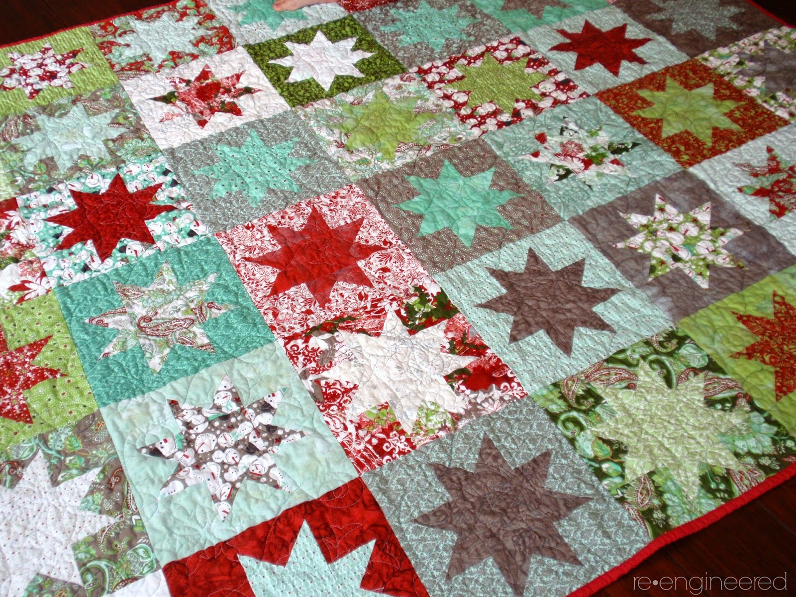 http://www.re-engineered.blogspot.com/2014/05/starry-christmas-quilt-finished.html