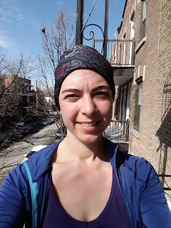 Coureuse, chaleur, début de coup de soleil, Montréal