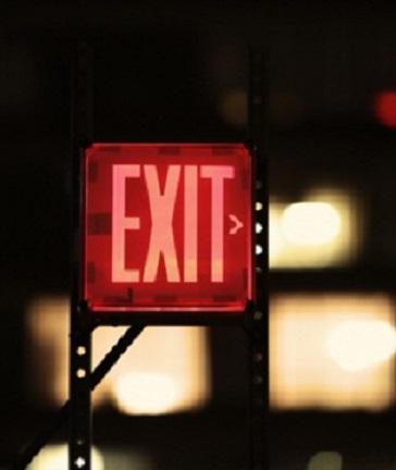 tanda exit menyala