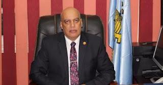 الشناوى عايد، وكيل وزارة التربية والتعليم بالغربية، يتفقد لجان امتحانات الدبلومات الفنية بإدارة كفر الزيات التعليمية
