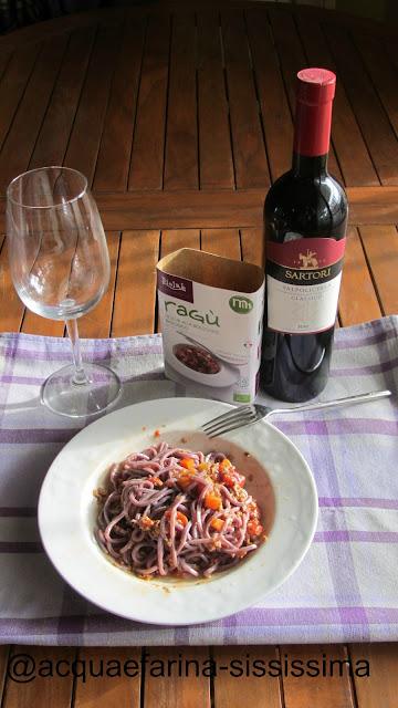 Acqua E Farina Sississima Spaghetti Alla Chitarra Viola Con Ragu Di