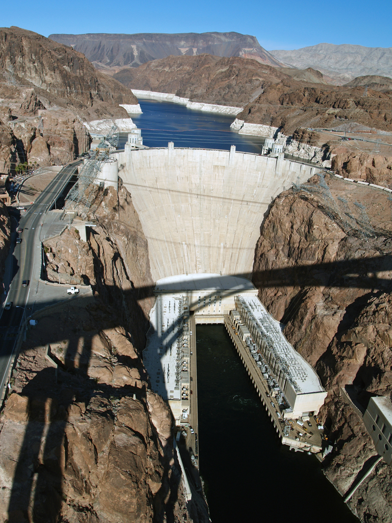 Open Air and Sunshine: Hoover Dam - A Shocking Experience
