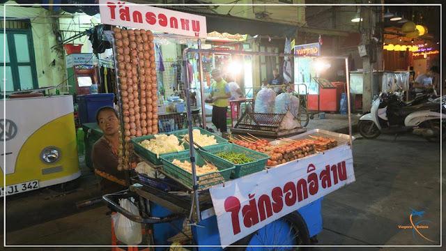 Como são as comidinhas de rua em Bangkok