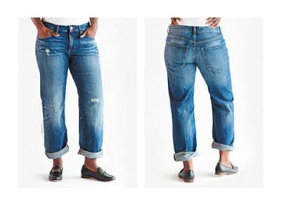 Классические широкие джинсы бойфренды на фигуре груша