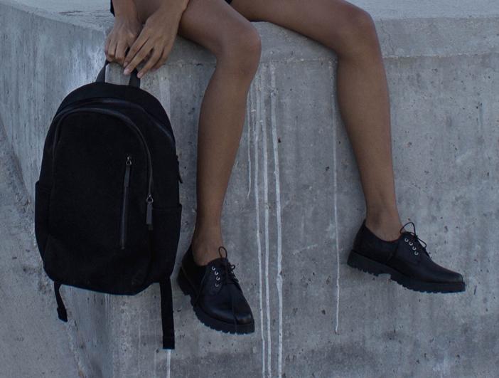 Black Steve Madden Oxfords and Black Everlane Backpack