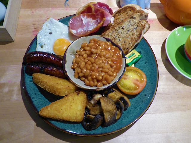 A full English breakfast at the Mad Hatters Tea Rooms, Chester - where to eat on a weekend in Chester