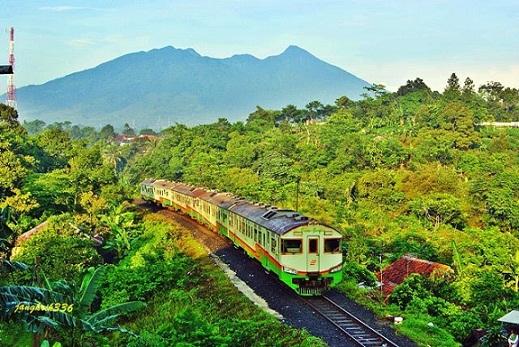 kereta+api+indonesia.jpg (519×347)