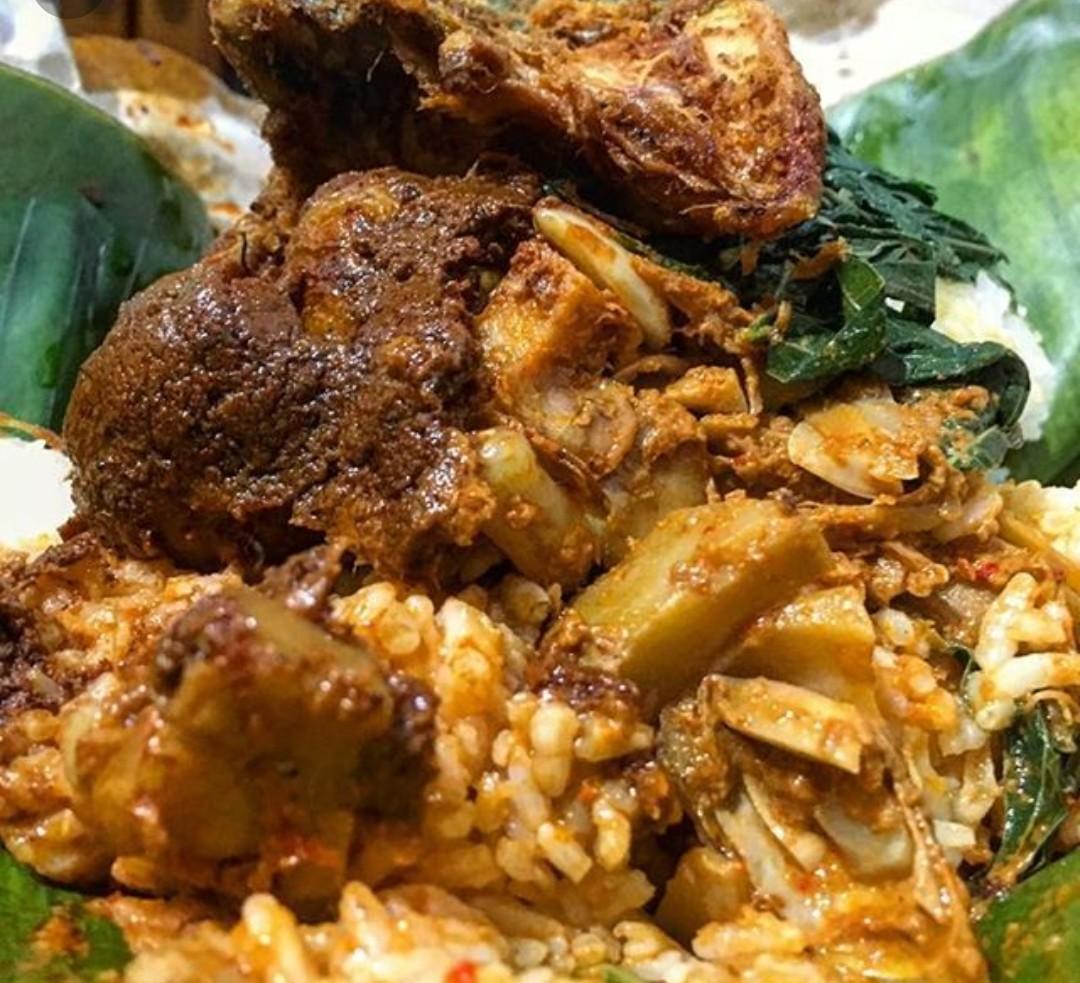 Umma Khaleevkhaled S Journey Nasi Padang Dan Nasi Warteg Bungkus