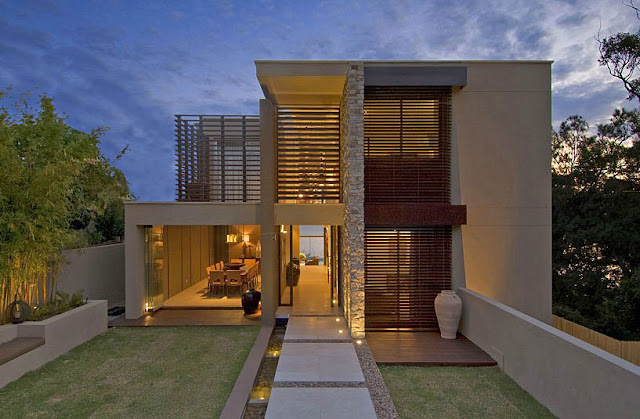 Front facade of a Modern Vaucluse House A