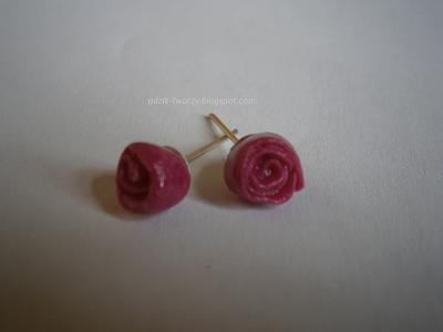 kolczyki-sztyfty róże różowe z modeliny