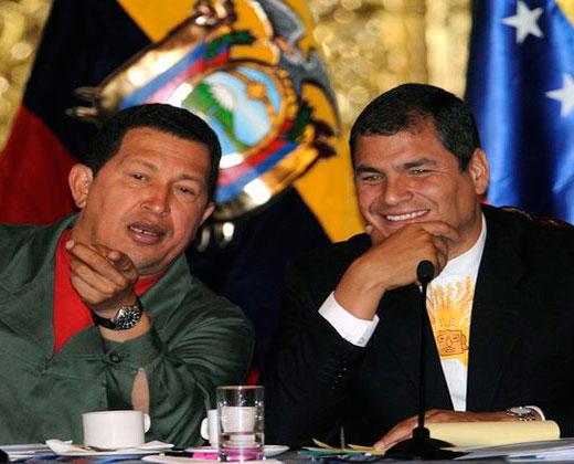 ¡Chatarra! Así están los aviones regalados por Chávez al presidente Correa (+Fotos)