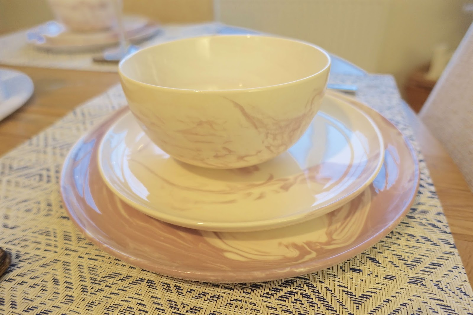 pink marble swirl tableware dining set