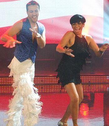 Foto de Bettina Oneto bailando en Reyes del Show