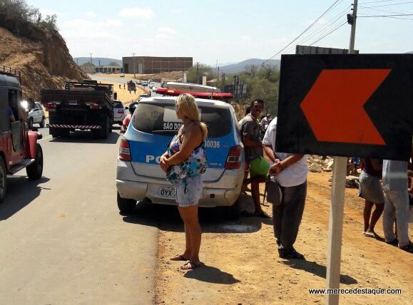 Um elemento morreu e outro saiu ferido em troca de tiros com a polícia em Santa Cruz do Capibaribe