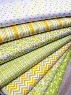 Nowe wiosene tkaniny i dzianiny w pasmanteriach