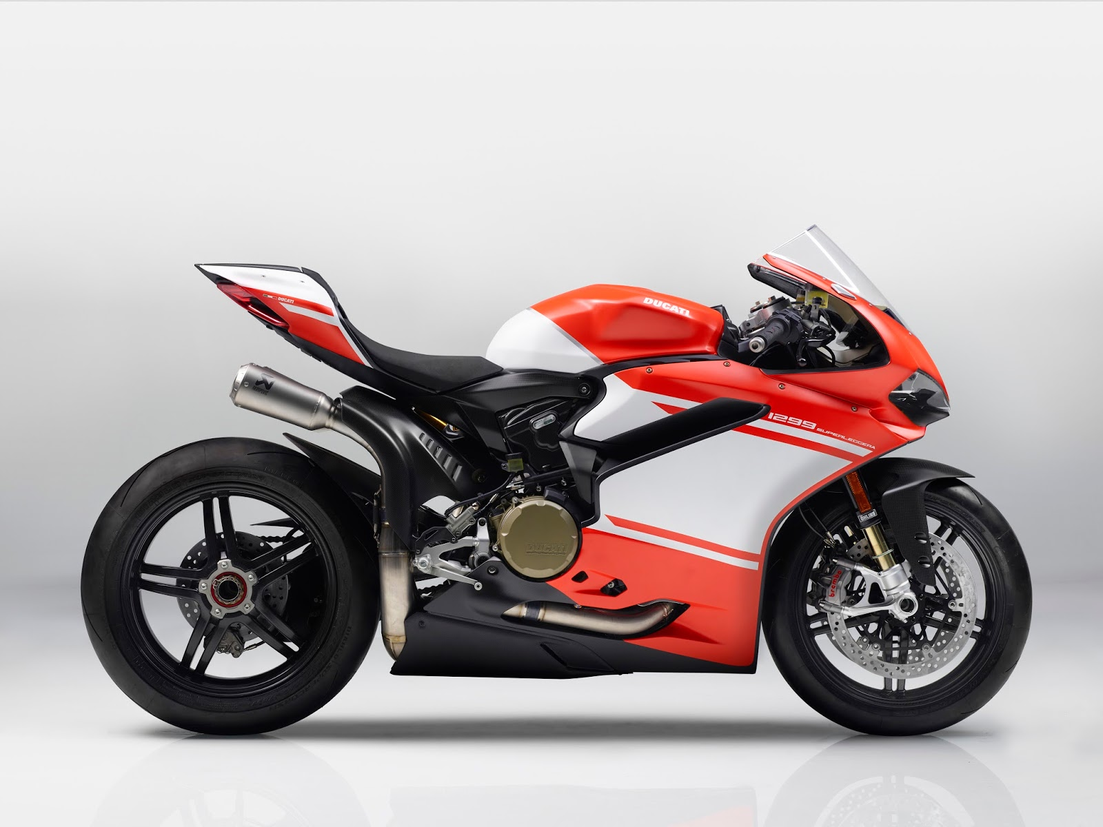 Racing Caf U00e8  Ducati 1299 Panigale Superleggera 2017