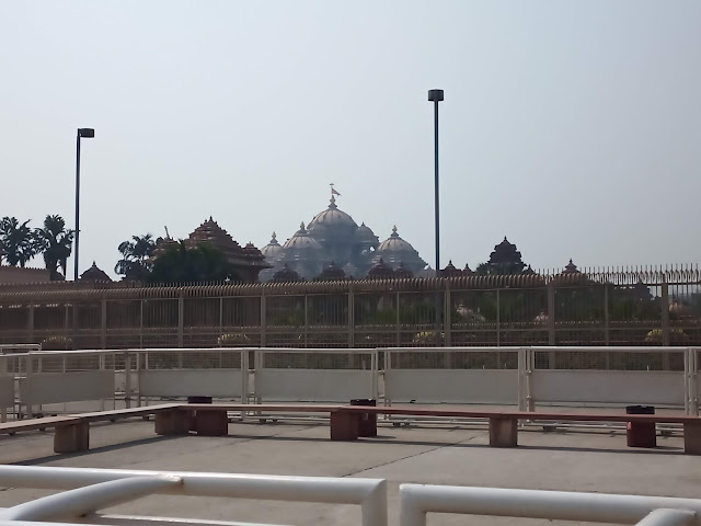 Distant view of Akshardham Temple, Delhi, taken from outside the temple complex