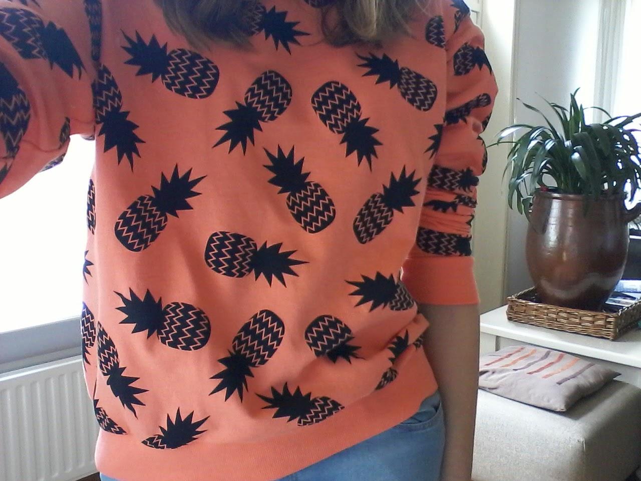 oranje ananas shirt h&m