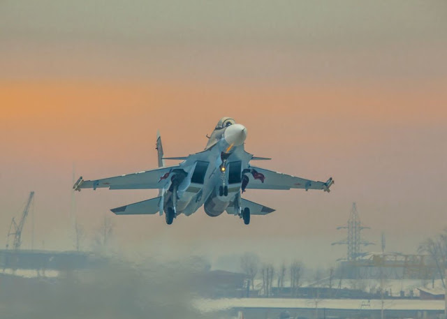Kazakhstan menandatangani kontrak pemesanan 12 pesawat Su-30SM