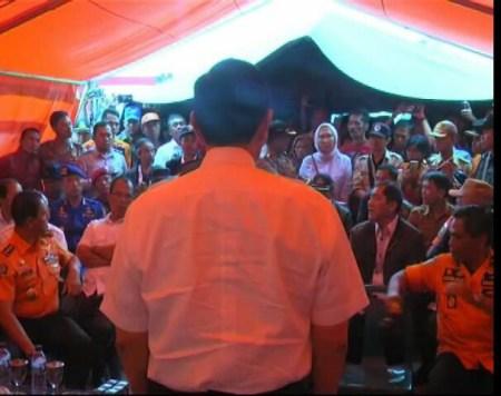 Bertemu Keluarga Korban KM Sinar Bangun, Ratna Sarumpaet Dan Luhut Cekcok