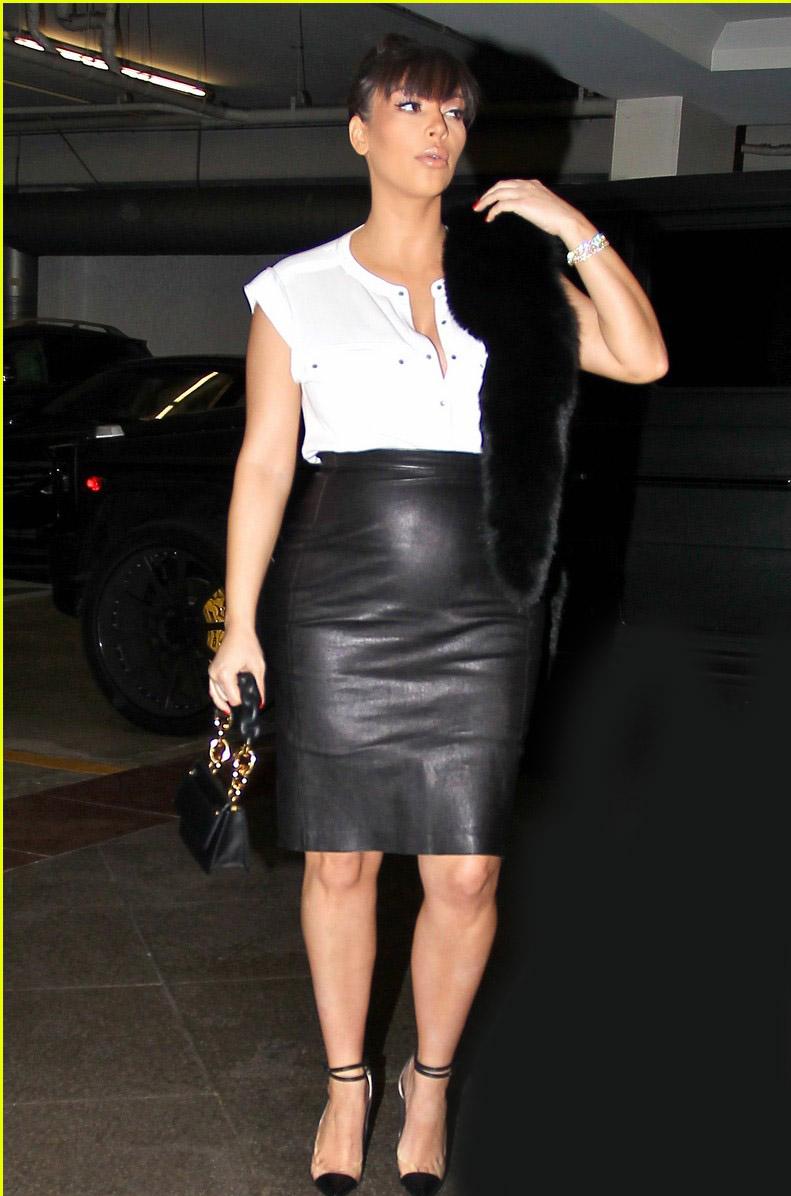 Kim Kardashian Pregnant New Photos 2012-13 | Its All About ...