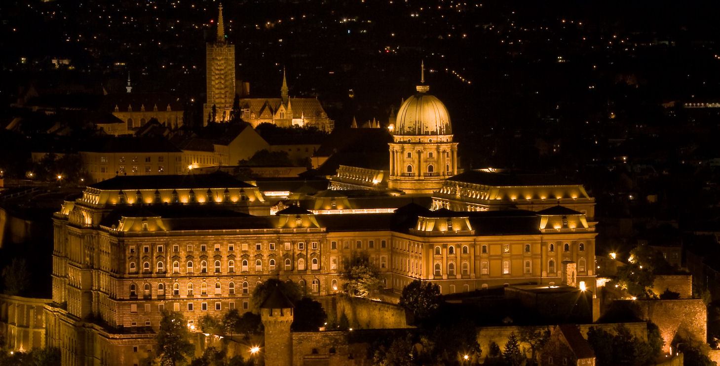Budapest was a city of gold upon our arrival by night. Photo: WikiMedia.org.