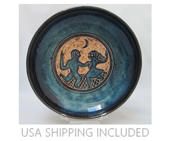 Valley of the Moon Pottery North Eagle Hand Made Carved Stoneware Bowl