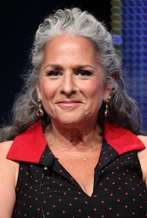 Marta Kauffman. Director of Friends - Season 8